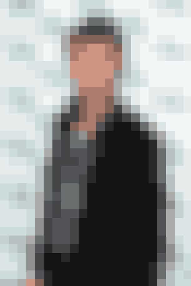 """Eddie Redmayne Redmayne blev æret med titlen som """"Order of the British Empire"""" I 2016 for sit bidrag til skuespillet. Eddie vandt en Oscar for sin hovedrolle i """"Theory of Everything"""", ligesom han var nomineret for sin hovedrolle i filmen """"The Danish Girl""""."""