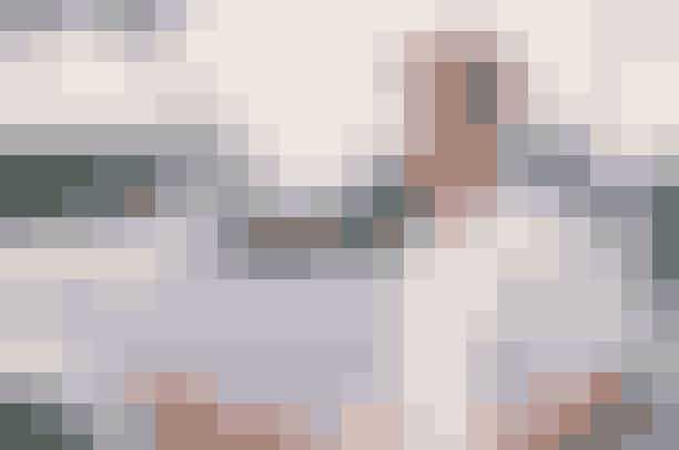 Good Will Hunting (1997)Good Will Hunting blev nomineret til ni Oscars og gik med sejren for både mest originale manuskript og bedste mandlige birolle (Robin Williams) i 1998. Filmen handler om Will Hunting, spillet af Matt Damon, der arbejder som pedel på et af verdens førende tekniske universiteter. Det viser sig dog, at Will er et uopdaget matematisk geni, som har meget mere at lave på skolen, end at vaske gulve.