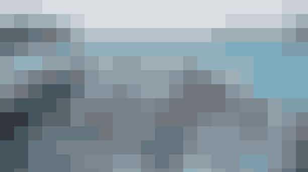 Kom med når foregningen Ofelia Plads inviterer til fejringen af midsommeren med et stjernespækket programFejringen er fyldt med musik, dans og inspirerende taler. Oplev blandt andet Den Kongelige Ballet, forfatter Suzanne Brøgger og teaterchef Kasper Holten, Bisse, Katinka og meget andet. Psst! Der er fri adgang til det hele.Hvor:Ofelia Plads, Kvæsthusbroen, 1250 KøbenhavnHvornår:Lørdag den 22. juni. Læs mere om programmet HER.