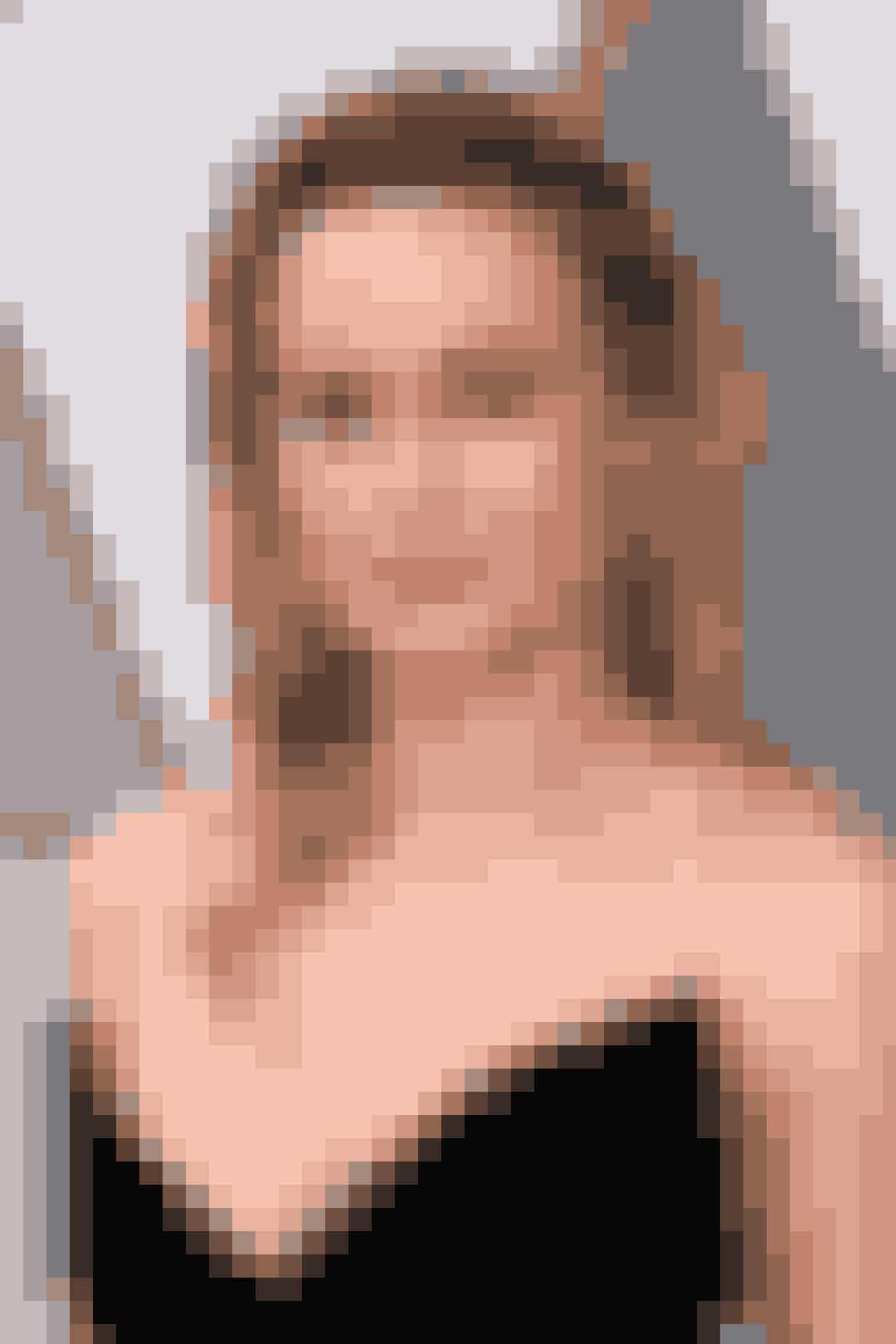 For et års tid siden vandt smukke Brie Larson både en Oscar og en Golden Globe for sin præstation i Room. Når det sker, stiller Blockbuster-producenterne sig i kø efter dig. Så derfor var der kun et at gøre for Brie: at tage styringen over sin egen karriere. Og lige præcis dét har vi taget en snak med den 27-årige dygtige skuespillerinde om i månedens ELLE...