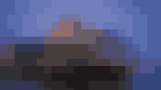 Gratis Poetry Slam i Skuespilhuset.Det nye år 2019 skydes i gang med gratis poetry slam i Skuespilhusets foyer. Vanen tro er det dansk poetry slams nestor Peter Dyreborg, der står i spidsen som vært. Og denne aften samler han et bredt udvalg af københavnske slammere til en litterær nytårskur. Forvent festlig poesi med lyrisk fyrværkeri og de helt brede smil.Hvor:Sankt Annæ Pl. 36, 1250 København.Hvornår: Lørdag den 5. januar fra kl. 20:00.