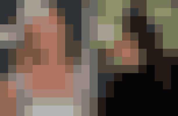 Reese Witherspoon afslog rollen som Sidney Prescott i Scream – spillet af Neve CampbellTidligt i filmens skabelse var det meningen, at Drew Barrymore skulle spille rollen som Sydney i filmen Scream, men hun skiftede mening og ville hellere spille rollen som Casey. Derfor blev Reese Witherspoon tilbudt rollen som Sydney, men hun afslog den, og rollen endte med at gå til Neve Campbell, som også er kendt fra filmen Party of Five.