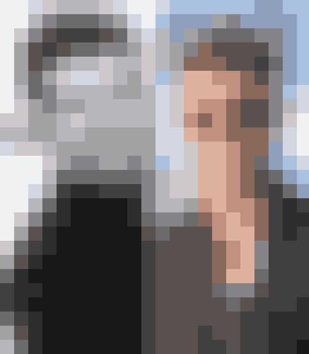 Alan Thicke og Robin Thicke som 43-årigeI sine sene 30'ere og starten af 40'erne var Alan Thicke Amerikas yndlingssitcom-far i tv-showet Growing Pains, mens sønnen Robin Thicke har banet sin egen vej indenfor underholdningsbranchen som sanger med flere hits på hånden som fx Blurred Lines fra 2013.
