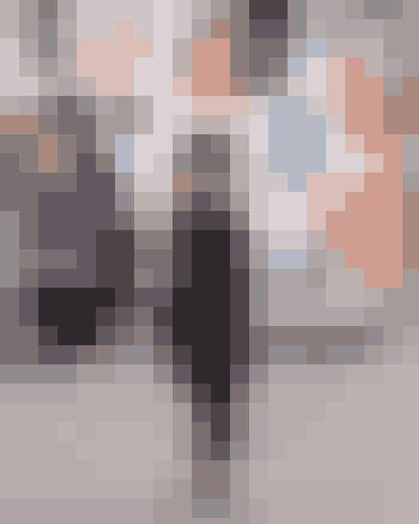 Digital Editor Rose Maria Boelsmand: MuntheJeg elsker suits og er vild med den casual og cool fortolkning af blazer-buks-looket, Munthe disker op med til foråret 2020. Jeg er især vild med den rynkede læder croptop, som jeg kan se vildt mange anvendelsesmuligheder for!