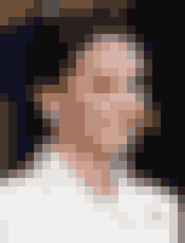 """Gør din hud lys med rosehip-olieHertuginde af Cambridge har aldrig selv bekræftet sit brug af rosehip-olie, men produktet skulle eftersignende være fast inventar i hendes skønhedsrutine. """"Hun elsker den effekt olien har på hendes hud"""", fortalte en anonym kilde til Us Weekly i 2015."""