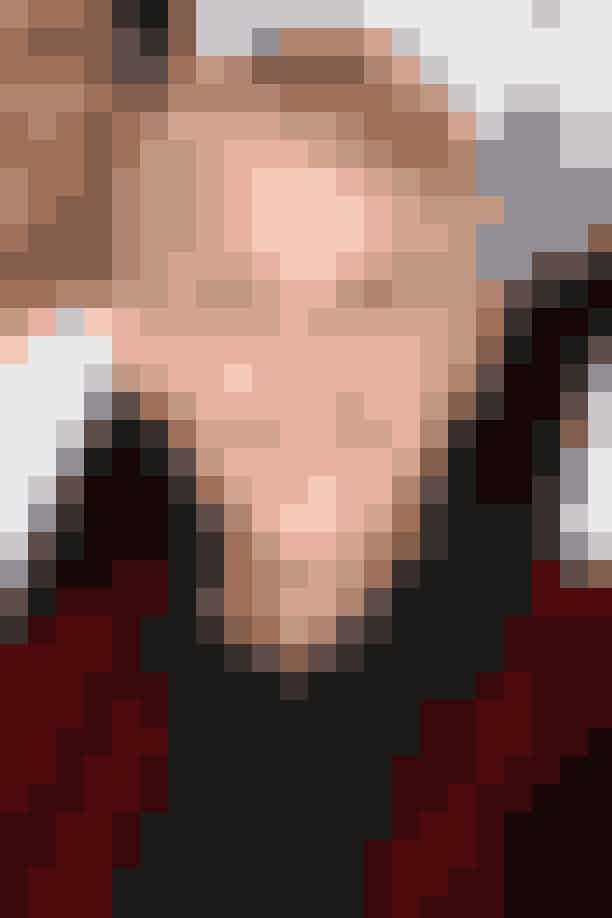 """Ellen DeGeneres og Kate MiddletonTakket være den fælles slægt, den britiske Sir Thomas Fairfax, er tv-værten og kronprinsessen kusiner (langt ude, men alligevel). Da Ellen DeGeneres opdagede hendes royale slægtskab, så hun sit snit til at komme lidt tættere på prins George (og ærligt, hvem ville ikke tage den chance? Han er jo det sødeste nogensinde).Som Ellen forklarede til et britisk nyhedsmedie: """"Jeg så det virale billede af prins George i sin badekåbe til mødet med den tidligere præsident Obama og jeg var sådan 'hey jeg har min egen kollektion (Ed by Ellen, red.), jeg kan da designe en helt speciel badekåbe til ham!"""""""