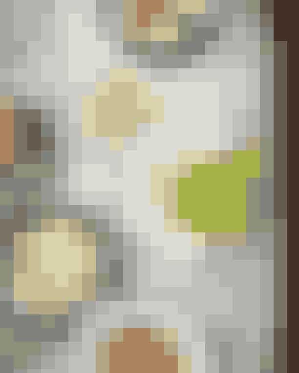 Sanders.Hotel Sanders er ikke bare for de overnattende gæster - københavnere er nemlig og mere end velkomne til at spise deres frokost i de lækre omgivelser. Bestil en masse små retter fra kortet og del dem med din frokostmakker. Og nyd de betagende omgivelser!Hvor:Tordenskjoldsgade 15, 1055 København K.Se mere her.