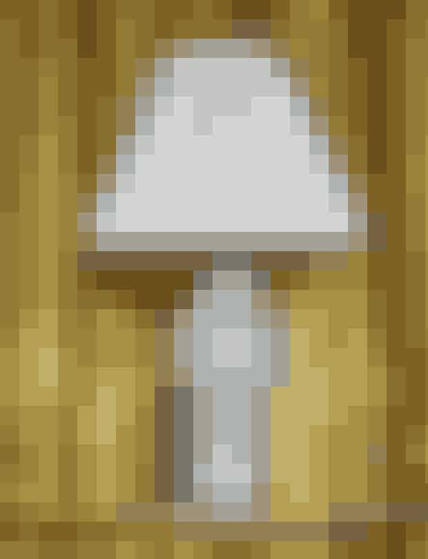 Lampe med foldet skærm med Helene Blanche mønster, Tapet Cafe, pris på forespørgsel.