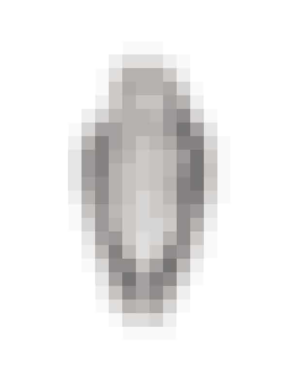 Silketørklæde, Burberry hos Matchesfashion.com, 2.390 kroner.Køb HER.