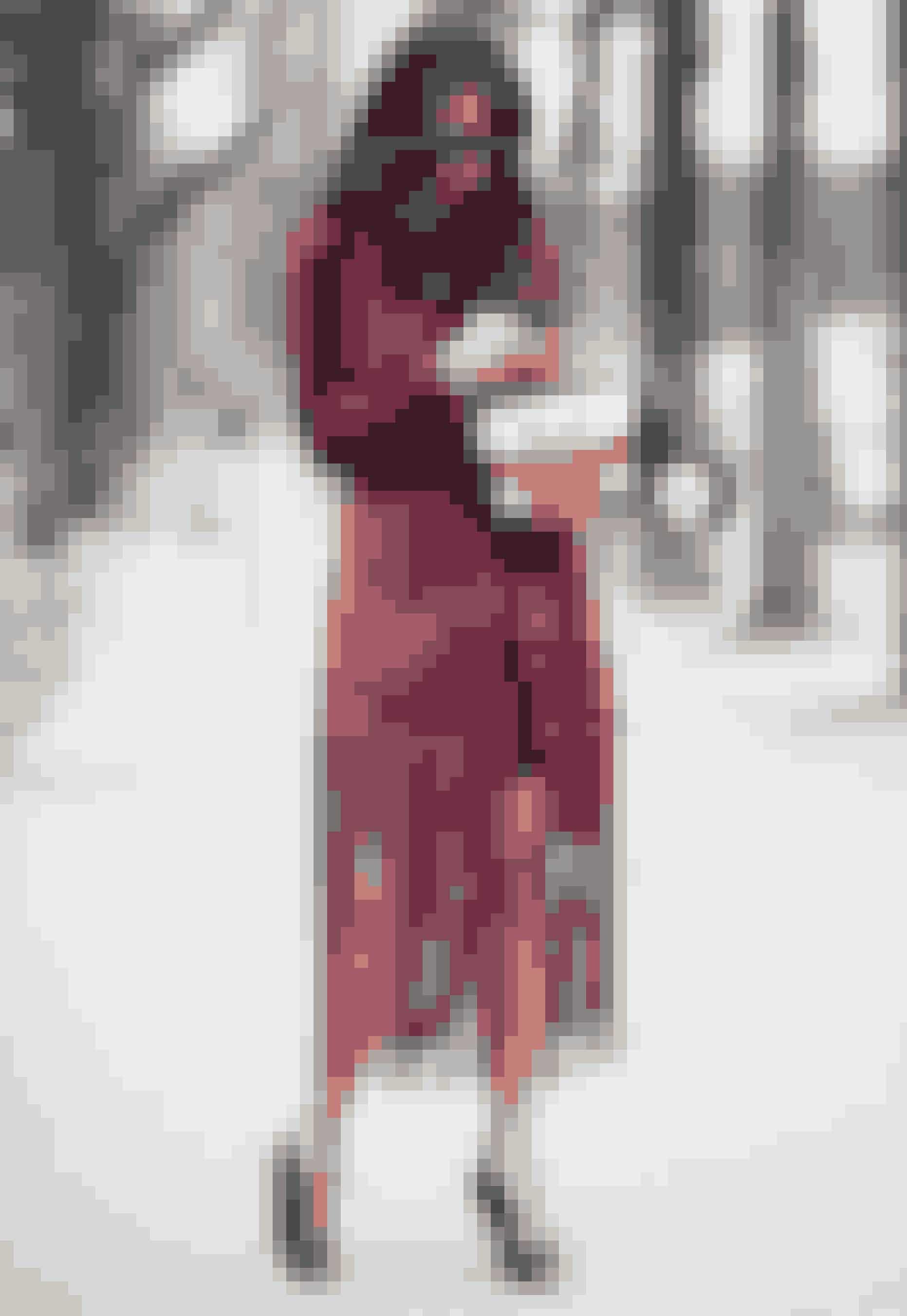 Gå de kolde tider stilsikkert i møde, når ELLE guider dig til sæsonens bedste frakker, jakker og kapper!
