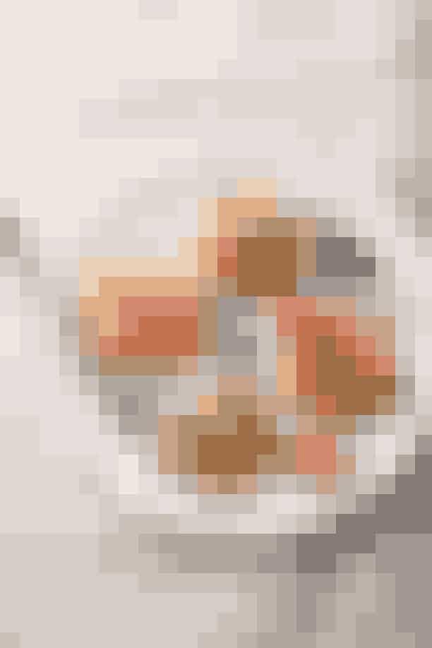 Skytte (23. november – 21. december)Perfekt morgenmad: Vafler med alverdens toppingsFordi: Du har en rejselysten sjæl og derfor er (belgiske) vafler lige dig! Uanset hvilken afkrog af verden, du befinder dig i, formår du at finde frem de til lokale specialiteter og prøve dem. Og selvom belgiske vafler måske ikke synes som det mest eksotiske alternativ på morgenmadsmenuen kommer de sprøde sager i alskens (lokale) variationer og spænder fra søde til salte udgaver – og alle de måder man kan toppe dem på gør hver vaffel til en helt ny smagsrejse hver eneste gang.Psst…! Søde vafler kan også laves sundt. Her er en opskrift på søde choko-banan vafler uden sukker.