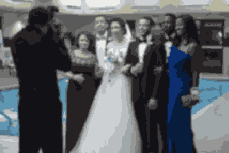 The Week Of – (ny på Netflix). To fædre har hver deres syn på deres børns kommende bryllup. Ugen op til brylluppet bliver de begge sat på prøve, men forsøger at bevare roen.