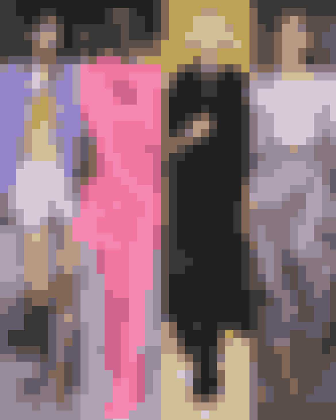 """Uffe Buchards Trendrapport sætter spot på SS21-kollektionerne, hvor designerne bag har alle skabt kollektioner og modebegivenheder, der på hver deres måde kredser om temaet frihed:""""Vi kan godt bruge fatamorganafesten og ditto beklædning til noget konstruktivt i disse tider."""""""