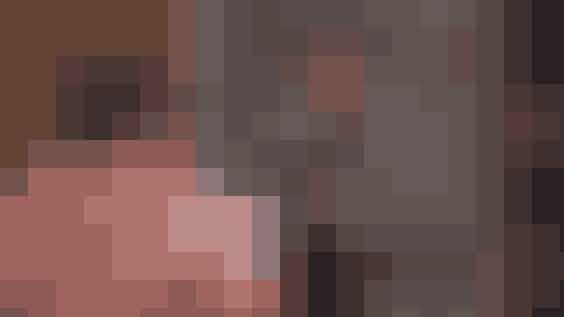 Ugly naked guy's virkelige navn blev ikke afsløret før i 2016Skuespilleren, der spillede den anonyme ugly naked guy er… trommevirvel… Jon Haugen.