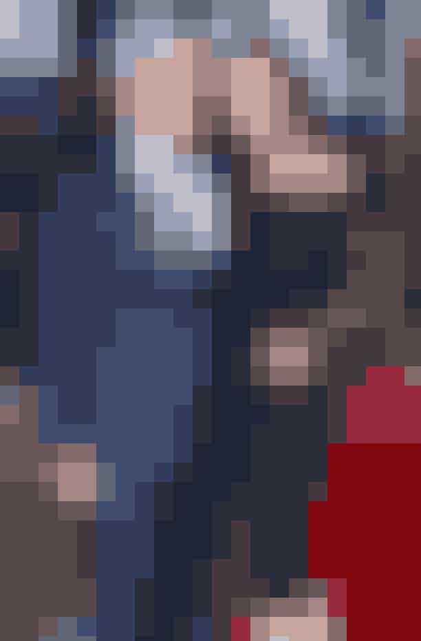 Catherine Zeta-Jones og Michael DouglasHollywood-power-parret, der begge er født den 25. september, mødte hinanden underDeauville Film Festival i 1996.Melanie Griffith introducerede parret ved en privat middag, og på trods af aldersforskellen på 25 år, blev parret stormende forelskede. Douglas friede til Zeta-Jones i Aspen i 1999 med en ring, der angiveligt kostede ham 1 million dollars.