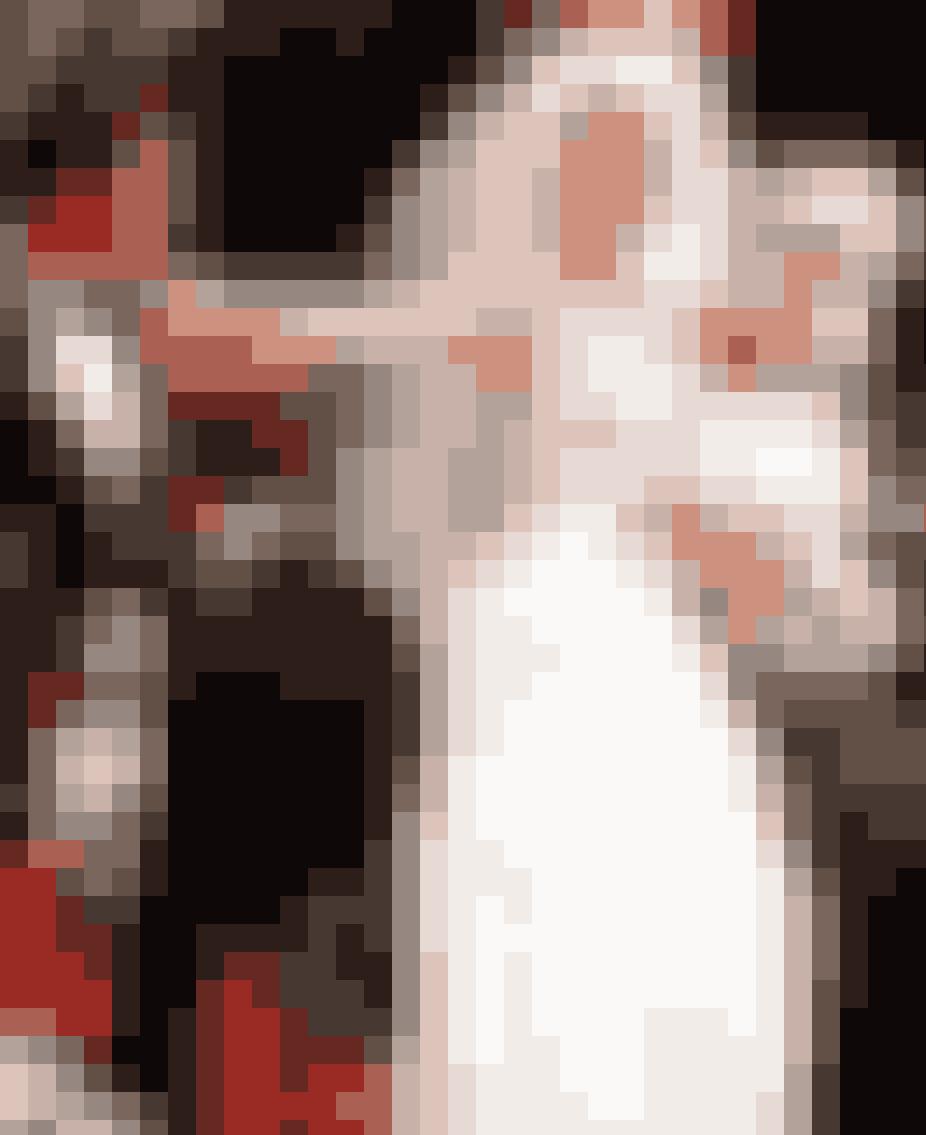 En sang som bliver spillet i begyndelsen af Charlottes bryllup, fortæller om ægteskabets tragiske fremtidVi ved alle, at Charlotte og Trey MacDougals ægteskab ikke ligefrem var en dans på roser. I starten virkede det hele perfekt, ligesom Charlotte ønskede det, men vi fandt senere ud af, at deres forhold var alt andet end perfekt. Trey havde nogle uheldige mangler i soveværelset, og til sidst blev det nok for Charlotte, og hun måtte indse, at en skilsmisse var det eneste rigtige. Hvad vi ikke vidste var, at ægteskabet allerede var dømt på forhånd, da Charlotte i oversat betydning gik direkte ind i døden til sit bryllup. Den skotske sækkepibe sang, som spiller i baggrunden i kirken er nemlig intet mindre end en begravelsessang. Tragisk.