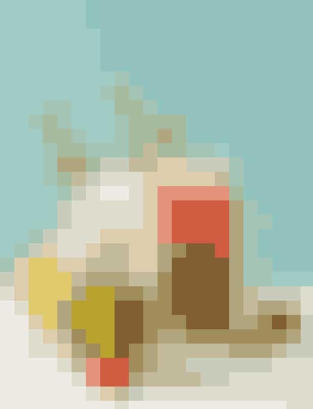 Den perfekte cocktail til en jomfru er en vodka/sodaJomfruen er kendt for sin logiske tankegang, og stjernetegnet er måske endda en smule forudsigelige, men de er også typisk klassiske og elegante væsener, så en enkelvodka/sodavil være lige præcis nok for den jordnære jomfru.