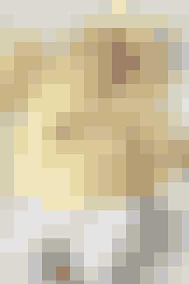 Babys søde forårsjakke er hæklet i det blødeste uldgarn - seopskrift her