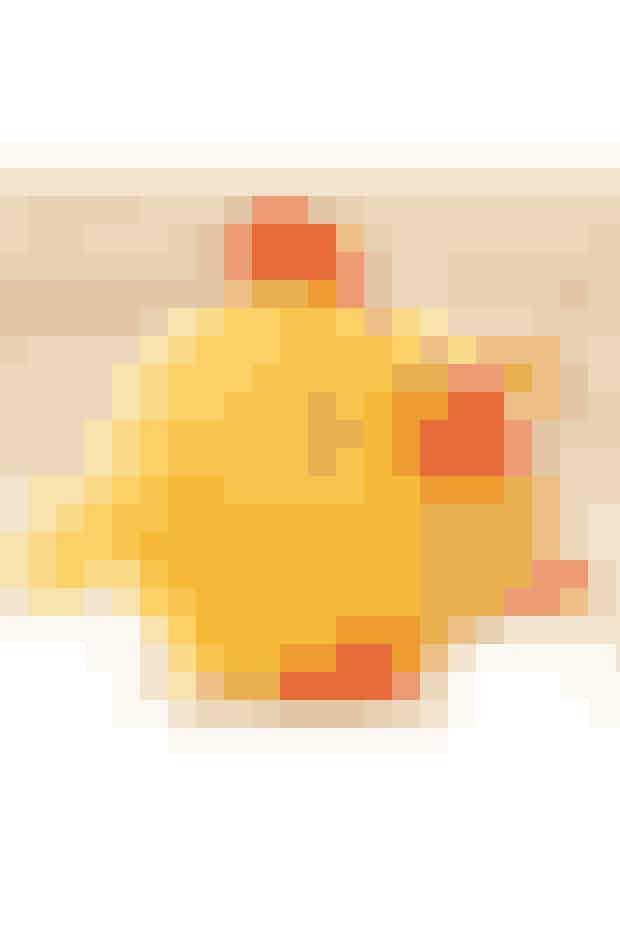Denne buttede kylling er slet ikke til at stå for - perfekt påskepynt eller legetøj til de mindste. Se opskriften her