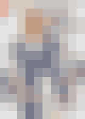 Strikket cardigan med lodrette hulmønstre og korte ærmer