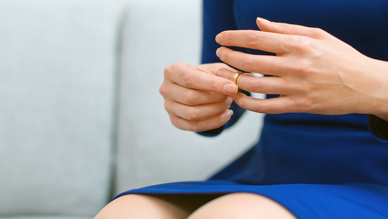 Er dating en fraskilt kvinde utroskab