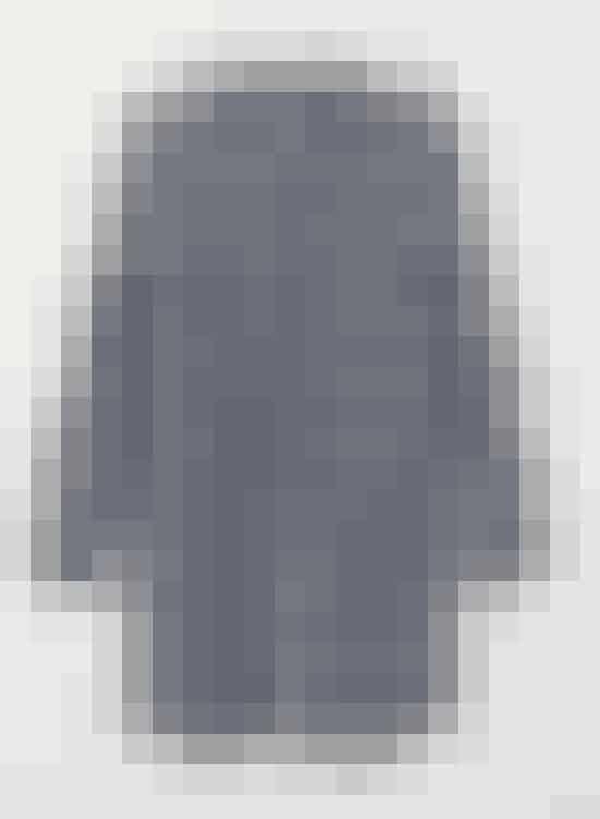 Lang ternet skjorte fra H&M+ til 199 kr. Fås i str. 44-58.