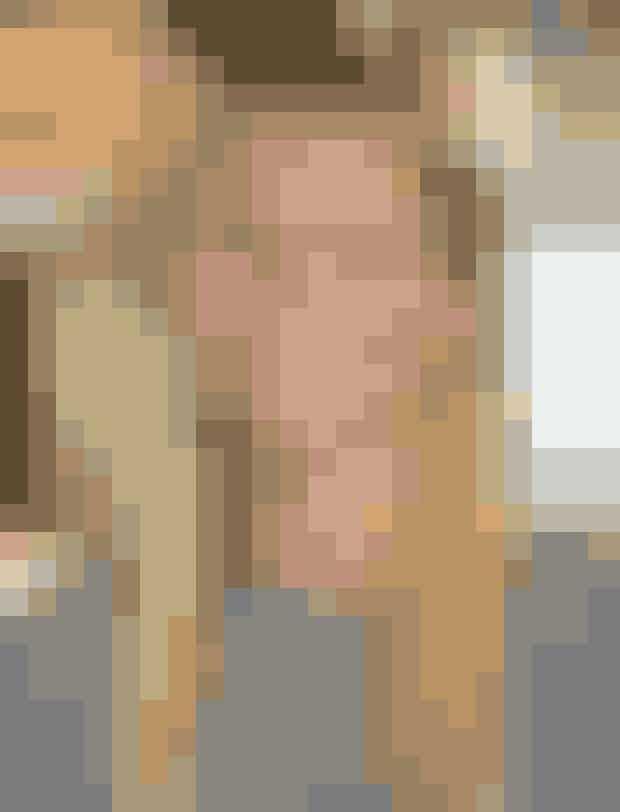 Gwyneth Paltrow er den naturlige nabopige, der smiler og fniser meget – måske endda er lidt skør.