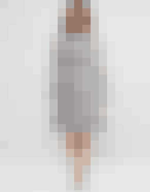 Smuk kjole med perler fra Asos Curve, 949,98 kr.