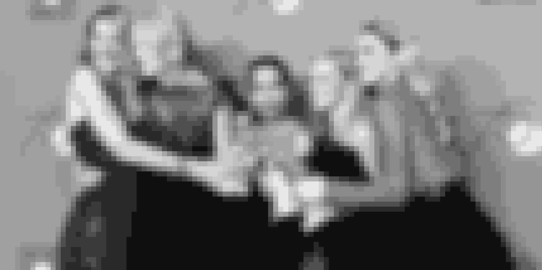 – Vi blev meget hurtigt nære venner og fortalte hinanden alt, siger Laura Dern om kollegerne Nicole Kidman, Zoë Kravitz, Reese Witherspoon og Shailene Woodley fra 'Big Little Lies'. Rollen som den tilsyneladende barske Renata i den populære serie sikrede hende en Golden Globe i januar.