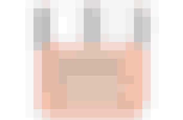 Moisture Surge Intense Skin Fortifying Hydrator  Fugt, fugt og atter fugt. En fugtet hud er en smukkere, glattere og sundere hud – effekten opnår du efter bare tre dage med den specielt udviklede creme til tør og sart hud. En uundværlig creme til det danske klima.  STEM PÅ CLINIQUE, Send DBA 01 til 1266