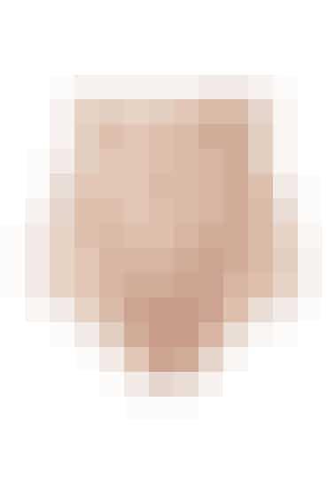 Højtaljet shapewear trusse - Fåes i Nude (som på billedet) og sort FØR: 339,- NU: 169,50 HER