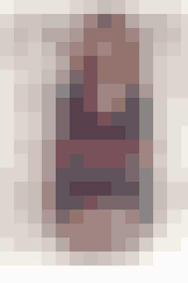 Forsidelook Skjorte, Filippa K BH, Eres Halskæde, Lola\'s Love Fingerring, Sloan sable Bukser, Day Birger et Mikkelsen  Foto: Kristina Demant Styling: Cecilie Foo Hår/Makeu: Rozelle Parry Model: Anna Backe/ Scoop Models