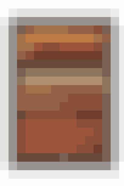 TASCHEN s Woodbook gengiver omhyggeligt alle typer af træ i alfabetisk rækkefølge. Se med i de forskellige udskæringer af træ, hvor de særlige forhold i kornet og teksturerne, der findes blandt de mange forskellige træsorter, kommer til udtryk. En specialudgave af litografier af Charles Sprague Sargent er også inkluderet i bogen.