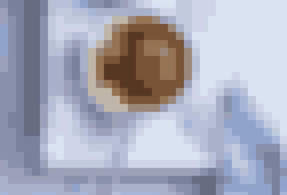 Crème Brûlée med rabarber - den klassiske med et tvist. Få opskriften her.