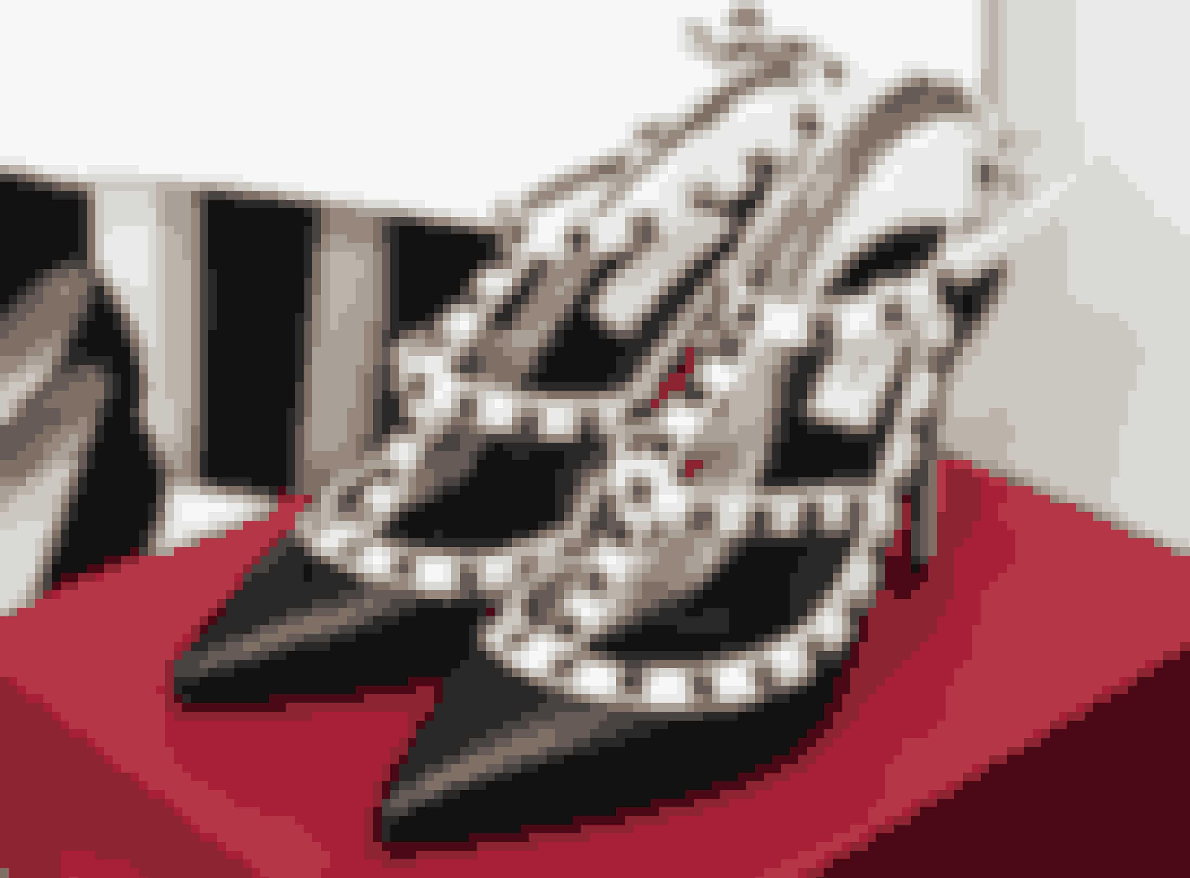 Valentino-skoene fik Kristina Græbe Sønderby af sin mand, da hun fyldte 40.
