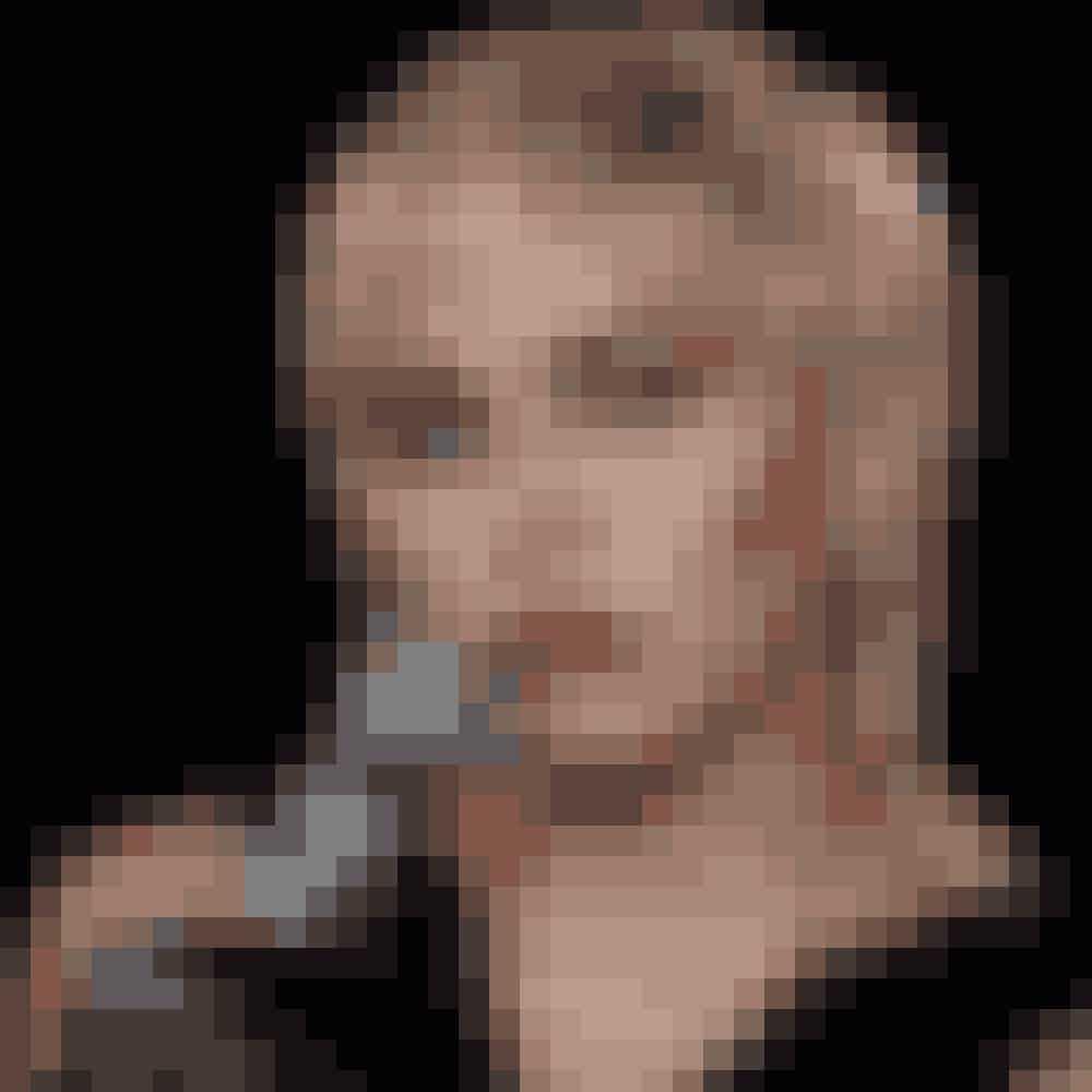 Grunge-looketDet traditionelle grunge-look skabes ved en klipning, hvor du har kortere hår på toppen og længere hår i nakken. Hvis du føler dig ekstra forårsfrisk, og vil gå efter en mere moderne version, så skal din frisure være mere stram og med tydeligt pandehår.