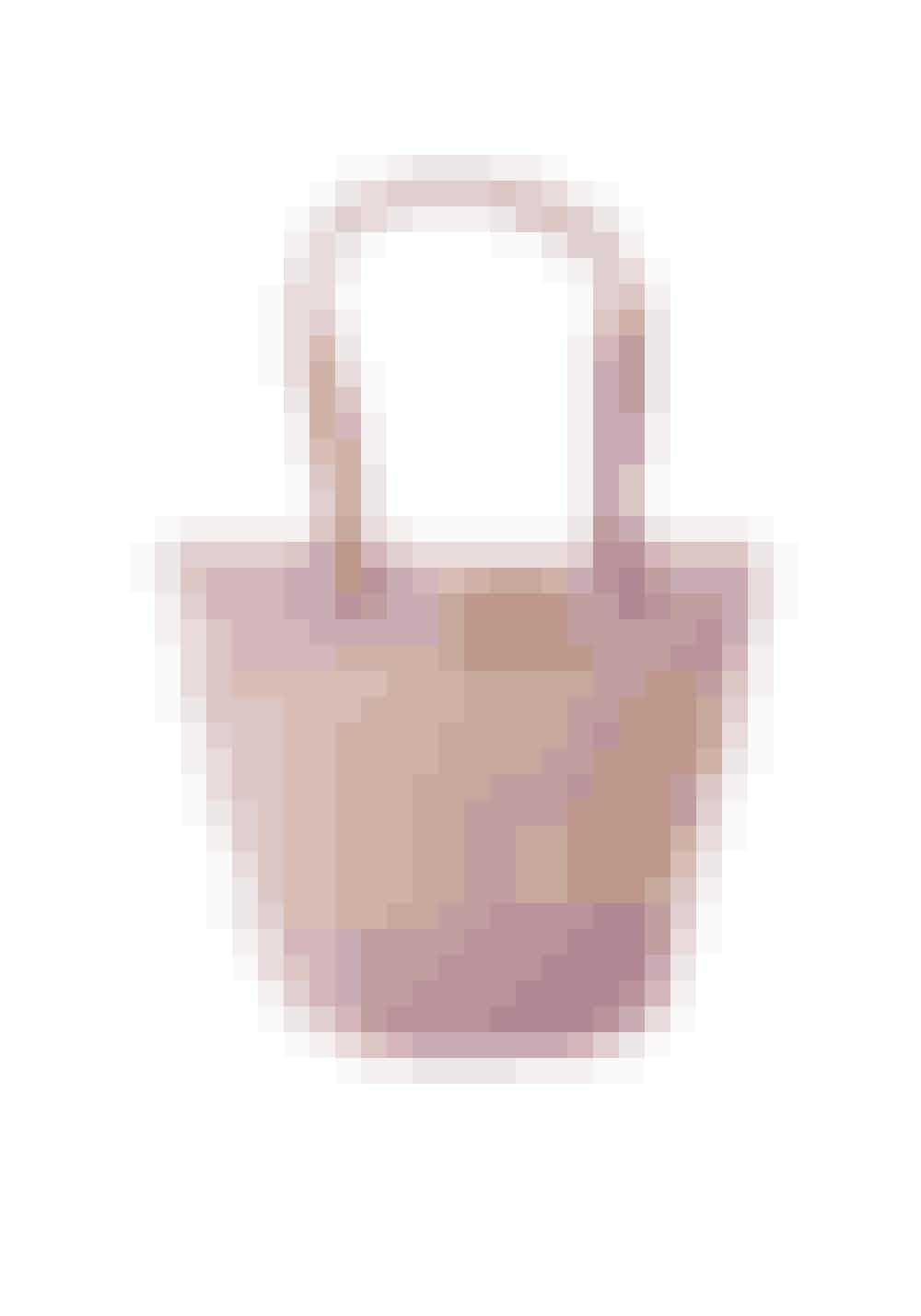 Ilse Jacobsen, taske i strå, 499 kr.Kan købes online HER