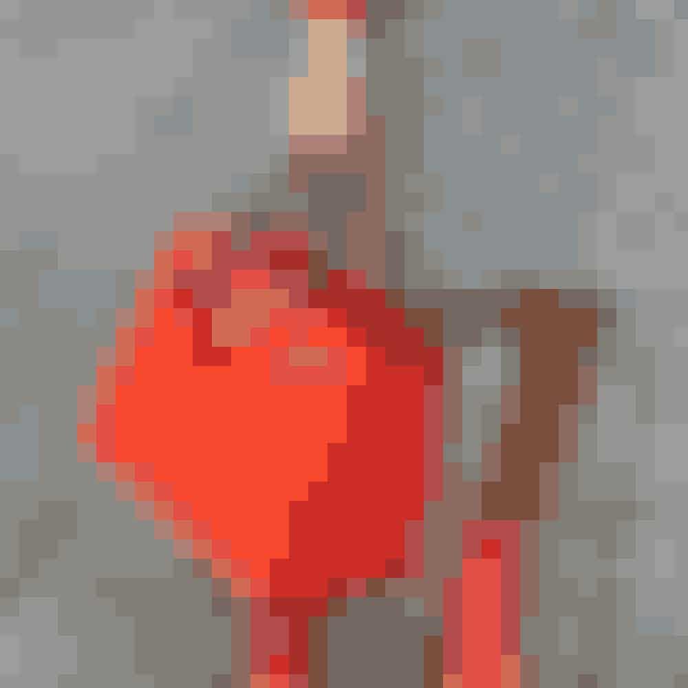 1. Hermès' Birkin-taskeIkke overraskende finder vi Hermès' klassiske Birkin-taske på en 1. plads med hele 5,914,103 hashtaggede Instagram posts. Tasken er populær hos blandt andre Kardashian-klanen og Olsen-tvillingerne, og med en pris på helt op til 1,8 millioner kroner er den da også noget af en investering.