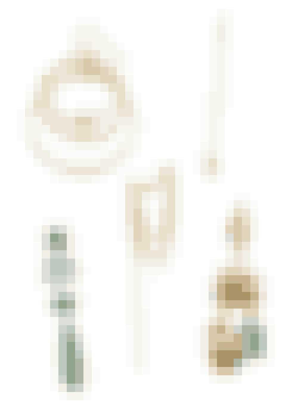 Selvom trenden fremmer mix fremfor match, kan du jo godt matche dine miksede øreringe. Fx ved at holde dem i samme farvetone. De danske smykkedesignere har især været glade for guld og grøn.Ørering med ringe, RebekkaRebekka, 799 kr. Købes online HERLang ørering med sten, Sophie Bille Brahe, 9.815 kr. Købes online HERGrøn ørering med flere sten i række, Ole Lynggaard Copenhagen, 36.500 kr. Købes hos en Ole Lynggaard Copenhagen-forhandler.Ørering med kæde, Zabel Jewellery, 1.099 kr. Købes online HERØrering med et grønt element, Orit Elhanati, 8.500 kr. Købes online HER