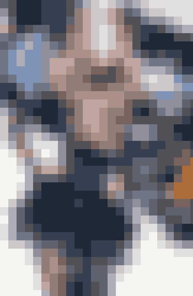 Karen MulderMulder er endnu en af 90'ernes velkendte ansigter, som i sin tid som supermodel lavede kampagner for store brands som Valentino, Lanvin, Christian Dior og Yves Saint Laurent. Den hollandske supermodel har herudover været en af Victoria's Secrets første modeller – og har styret diverse catwalks sammen med andre store stjerner som Naomi Campbell, Kate Moss, Cindy Crawford og Claudia Schiffer.