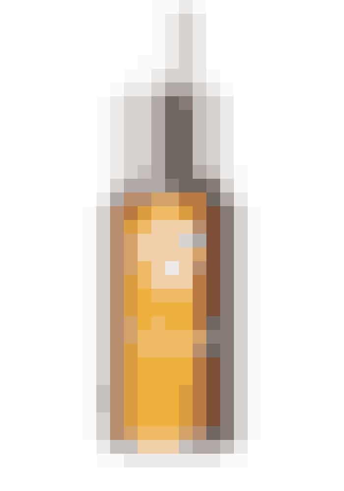 Helende serumPro-Heal Serum Advance+ reducerer inflammationer og beskytter huden med en kraftfuld cocktail af fintolivenbladekstrakt samt rent E- og A-vitamin. Dette serum er ideel til at behandle rosacea og berolige rødme, kløe eller brændende varm hud grundet irri-tationer. Uden parfume og tilsætningsstoffer.Is Clinical, 15 ml, 729 kr.Læs mere HER