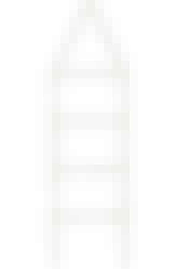 Et enkelt tøjstativ, som er stilrent og har lige linier. Kombineret med messing er det et fantastiskt design, som opgraderer looket på badeværelset, 999 kr. Køb det her!