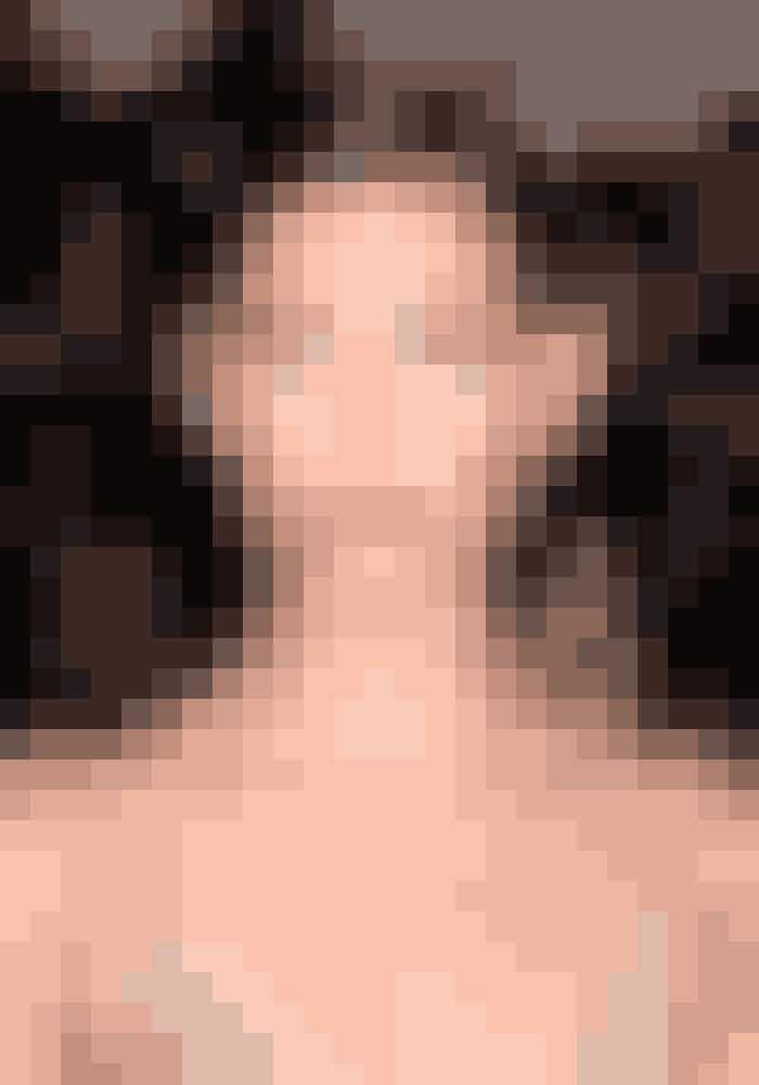 Glitrende & farvede brynSelvom det måske virkede som en sjov detalje i starten, så er det et kæmpe no-go. Glitter eller farve i dine øjenbryn, klæder sjældent nogen – ikke engang ultra smukke Victoria Secret Angel, Lily Aldridge.