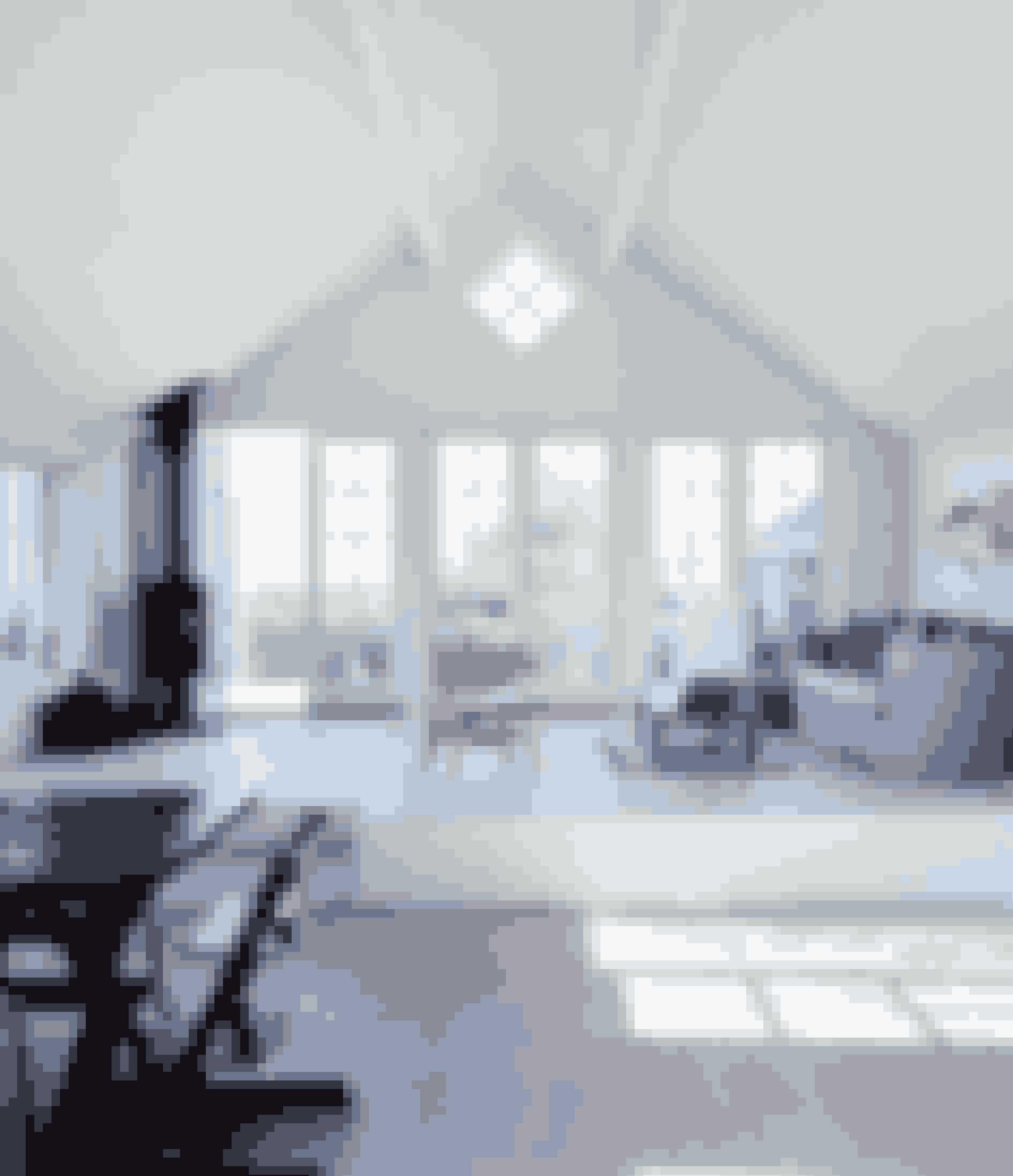 Ved at lave en opsats i stuen kan du lave ekstra hyggekroge eller bare skabe en usynlig streg mellem sofaafdeling og spisestue.