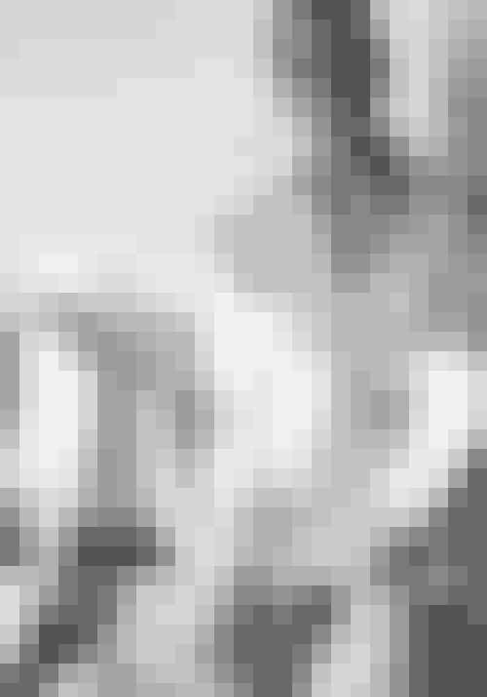 Skjorte Marc Cain, 1.325 kr. Købes online HERBukser Ralph Lauren, 1.350 kr. Se mere HERØreringe Pandora, 299 kr. Købes online HERRing Georg Jensen, 1.500 kr. Købes online HERSandaler Angulus, 899 kr.