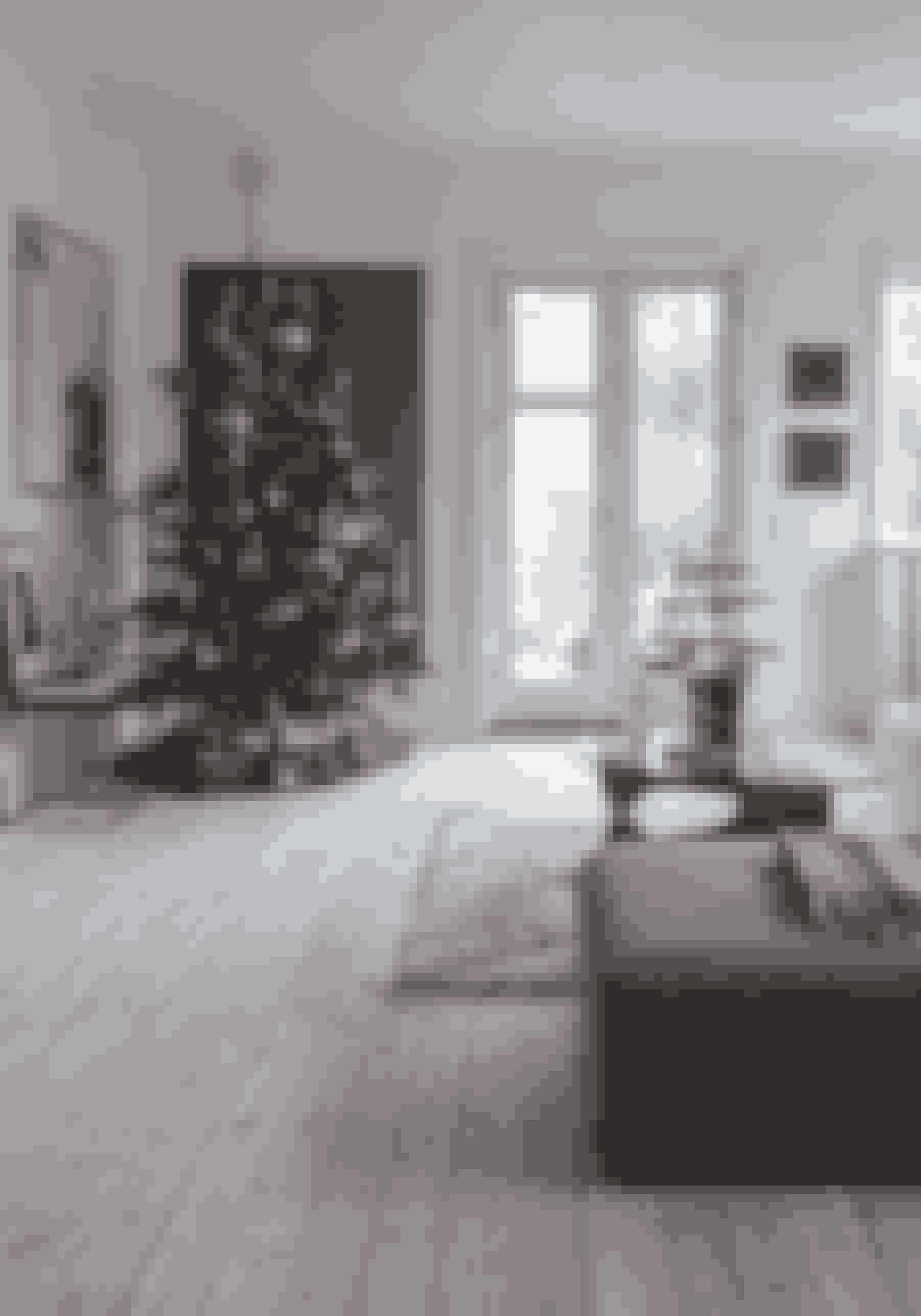 Der kan skabes rigtig meget julestemning med bare et enkelt juletræ med det rigtige pynt.
