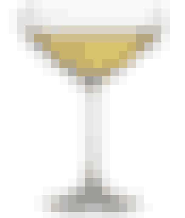 Juvel champagneglas/skål fra Lyngby glas som kan bruges både til bobler og anretning af smukke desserter. Find det her!
