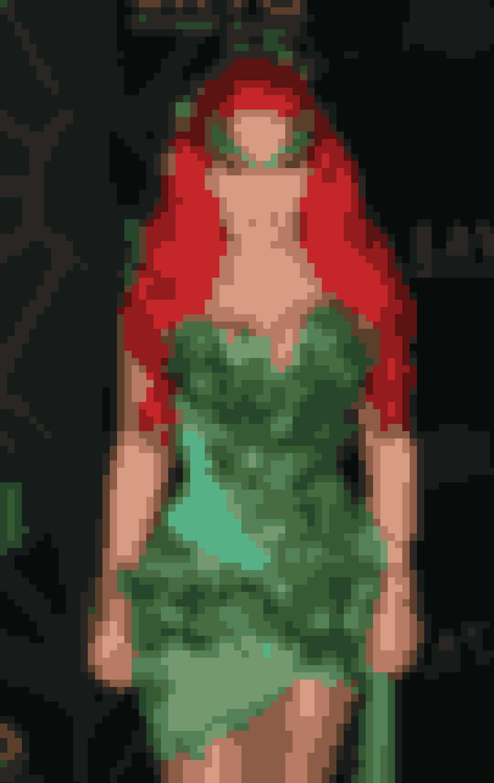 Realitystjerne Kim Kardashian som Poison Ivy fra 'Batman'.