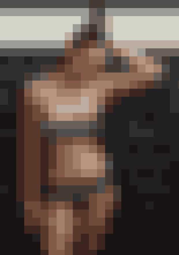 Bikinitop, Andres Sarda, 959 kr.Bikiniunderdel, Andres Sarda, 539 kr.Øreringe, Pilgrim, 129 kr.