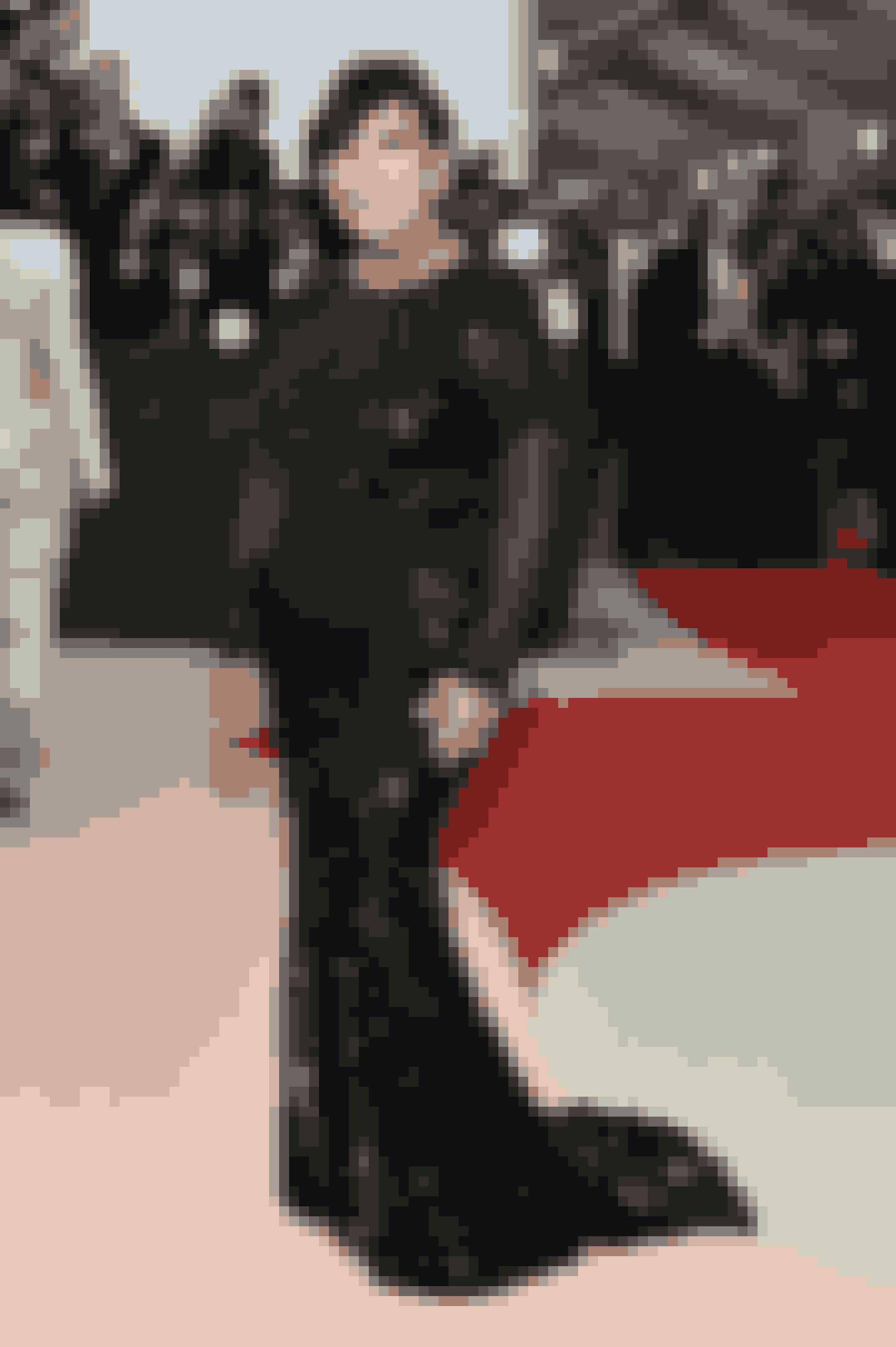 Balmain klædte reality-stjerne Kris Jenner på.
